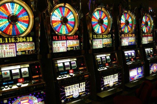 Достоинства игры в онлайн-казино Спин Сити