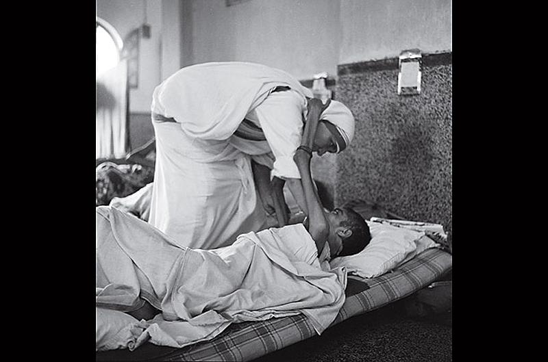 Фотографии, сделанные в начале духовной деятельности Матери Терезы