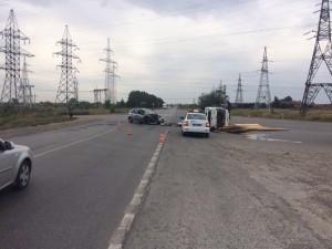 Под Тольятти грузовик «BAW Fenix» перевернулся после столкновения с  автомобилем «Datsun mi-Do», пострадали дети