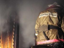 На ул. Демократической в Самаре тушили пожар