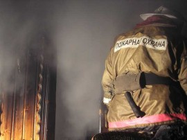 В Самаре на пр. Кирова тушили пожар в гараже