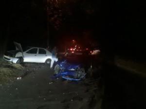 На проспекте Карла Маркса в Самаре Renault Logan врезался в Lada Kalina