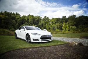 Илон Маск назвал дату презентации беспилотного грузовика Tesla