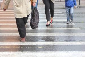 В Самаре на переходе у «Парк Хауса» женщина на внедорожнике снесла пешехода