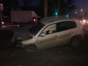 В поселке Мехзавод в результате ДТП пострадал водитель иномарки и его годовалый пассажир