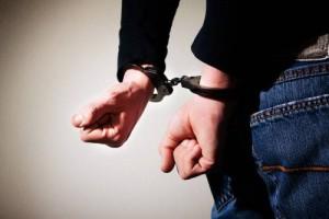 В Ставропольском районе таксист пригозил пистолетом пассажирам и попал под уголовное дело