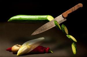 В Новокуйбышевске муж приревновал гостя к жене и ударил его ножом