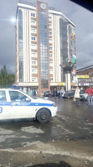 В Тольятти эвакуировали посетителей и работников из нескольких