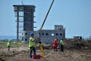 Строителей нового аэропорта в Саратове оштрафовали после проверок Ростехнадзора