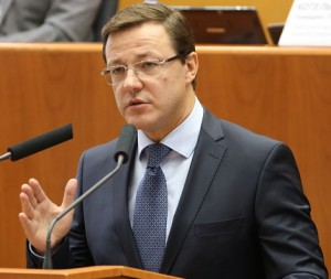 Дмитрий Азаров первоочередной задачей назвал стабилизацию ситуации с АвтоВАЗом
