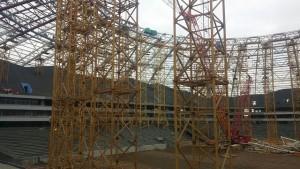На отстающей «Самара Арене» сдвинулись сроки снятия временных металлических опор купола стадиона
