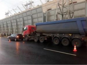 В Жигулевске Scania врезалась в Citroen