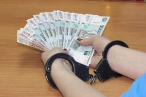 В Самаре сотрудница магазина задержана за попытку дать взятку полицейскому