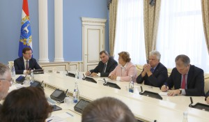 Дмитрий Азаров провел встречу с депутатами Государственной Думы
