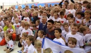 Тольяттинские полицейские и общественники подарили детям спортивный праздник с олимпийскими чемпионами
