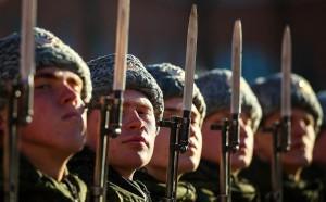 Правительство попросило на военные расходы больше 3 трлн руб.