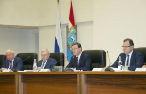 Дмитрий Азаров: «Необходимо снизить «раздолье» теневой экономики во всех отраслях»