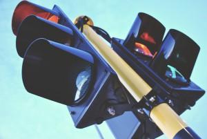 В Самаре около ТЦ  «Вива Лэнд» начали монтировать светофоры