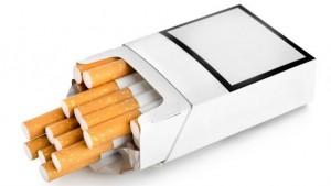 Сигаретные пачки без маркировки могут появиться уже в 2018 году