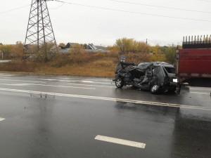 В Волжском районе погибли водитель и пассажирка Нивы: при выезде из дачного массива легковушка не уступила дорогу  МАЗу