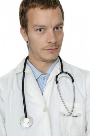 В поликлиниках Самарской области приступили к работе более 100 молодых специалистов