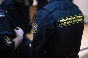 Госдума разрешила судебным приставам без полиции задерживать за долги по алиментам