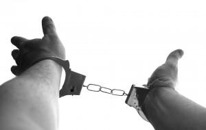 В Сызрани мужчина ударил ножом обидчика сожительницы