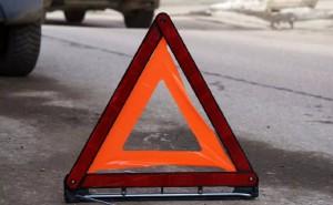 Смертельное ДТП в Самаре около Смышляевки: Лада Гранта врезалась в световую опору
