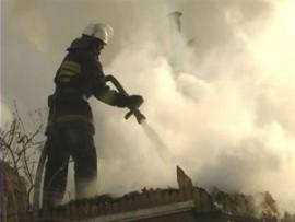 В поселке Спутник на улице Сочинской сгорел частный дом