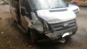 В Сызрани автолюбительница на ВАЗ 2110 выехала на