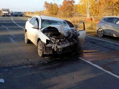 В Сергиевском районе погиб водитель УАЗа от лобового столкновения с «Mitsubishi», выехавшей на «встречку»