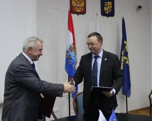 Между представительными органами Тольятти и Саратова подписано соглашение о сотрудничестве