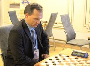 В Санкт-Петербурге на чемпионате мира по шашкам самарец стал бронзовым призером