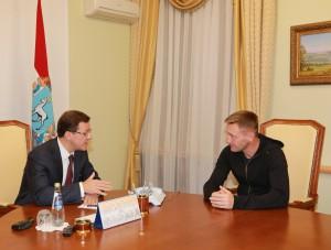 Дмитрий Азаров обсудил с Андреем Тихоновым ситуацию в клубе и перспективы команды