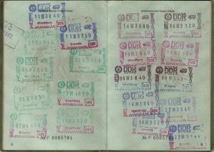 Россияне создали очереди на получение виз в консульствах США. В Грузии разработали специальные винно-визовые туры