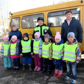В Исаклинском районе полицейские вместе с общественниками провели акцию «За трезвых на дороге!»
