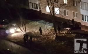 В Тольятти под окнами дома нашли тело мужчины