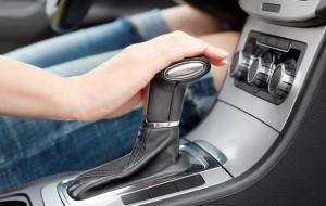 В России стали чаще приобретать автомобили с «автоматом»