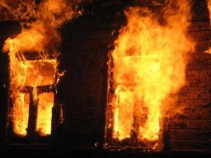Скончался четвертый пострадавший на пожаре на складе в Похвистнево