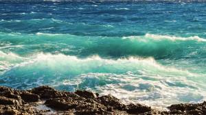 У берегов Италии найдены тела 26 женщин. Средний возраст погибших — 14–18 лет