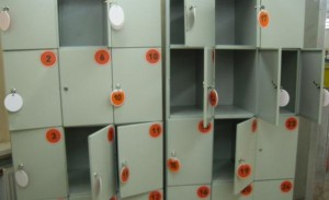 В Самаре 14-летний школьник украл женскую сумку из камеры хранения в магазине