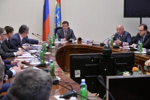 Дмитрий Азаров провел очередное заседание Правительства Самарской области, на котором было рассмотрено пять вопросов