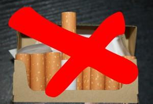 В День отказа от курения студенты Политеха меняли сигареты на мандарины