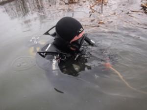 Тело рыбака, утонувшего около острова Муравьиный, нашли через два дня