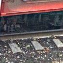 В Самаре напротив КРЦ «Звезда» трехсекционный трамвай сошел с рельсов