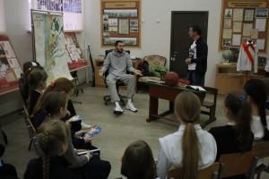 Форвард БК «Самара» Алексей Чиликин стал гостем урока «Знакомство с профессией» в самарской школе