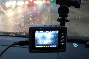 У самарского таксиста во время ДТП украли регистратор