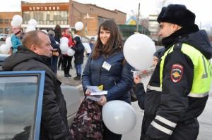 В Нефтегорском районе полицейские и ЮИДовцы приняли участие в акции «Вместе за соблюдение правил дорожного движения»