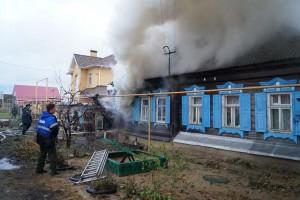 Подробности крупного пожара в Сызрани: семья осталась без крыши над головой