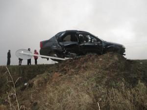 В Сергиевском районе погиб водитель Рено Логан, врезавшись в дорожный знак при обгоне